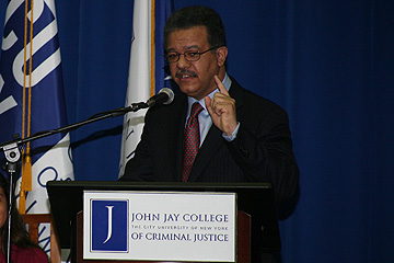  The Hon. Leonel Fernandez, President of the Dominican Republic